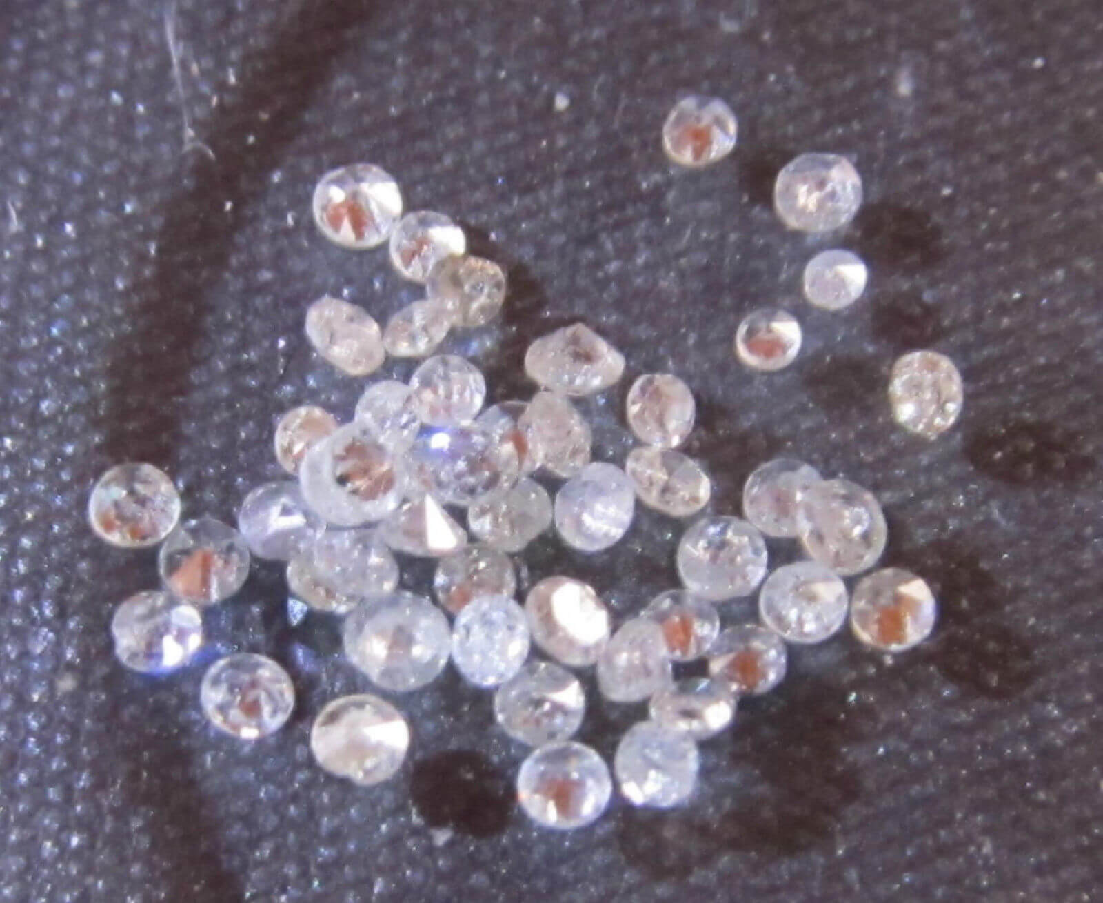 Single Cut White Round Diamonds, VS2-I2